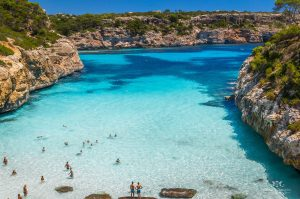 The 4 best beaches where doing tourism in Spain